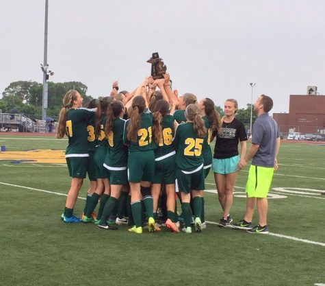 Girls varsity soccer wins districts, overcomes complications