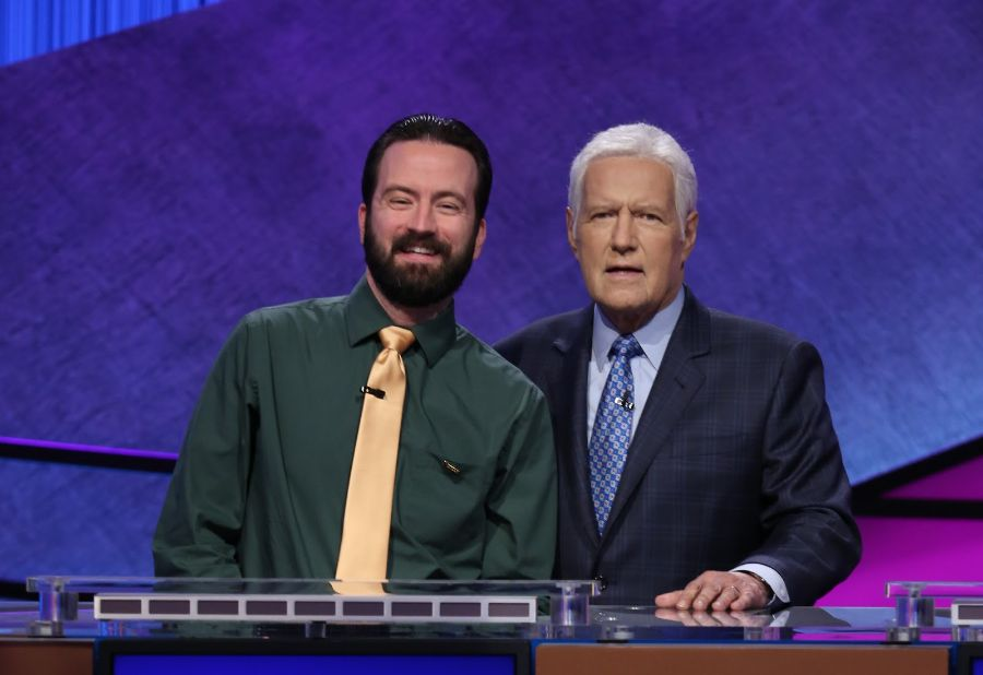 Choir instructor headed to semifinals in Jeopardy! Teachers Tournament
