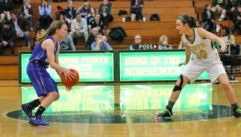 Lady Norsemen dominate first home game