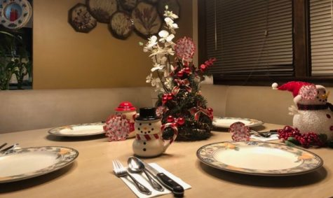 """Infectious disease specialist Mia Taormina says that one of the biggest risks of gathering for the holidays is eating around a table with family or friends outside of your household. She doesn't advise anyone to gather at all, however, if some still do insist on getting together, she asserts the importance of taking extra precaution around eating dinner together. """"...People need to be eating in every room in the house, basically not gathered around a table, having your own plate and your TV tray and whatnot to stay away from each other,"""" Taormina said. """"So youre not, you know, breathing into each others faces while youre eating and drinking, and thats why I do not encourage eating around a table at all at this time."""""""